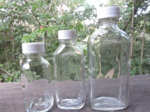 great prices for these clear glass oval bottles with lids